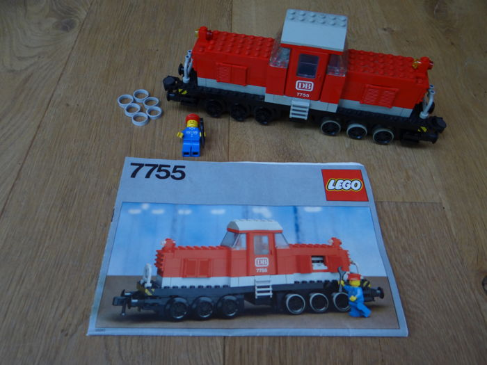 Trains 12V - 7755 - Diesel Heavy Shunting Locomotive