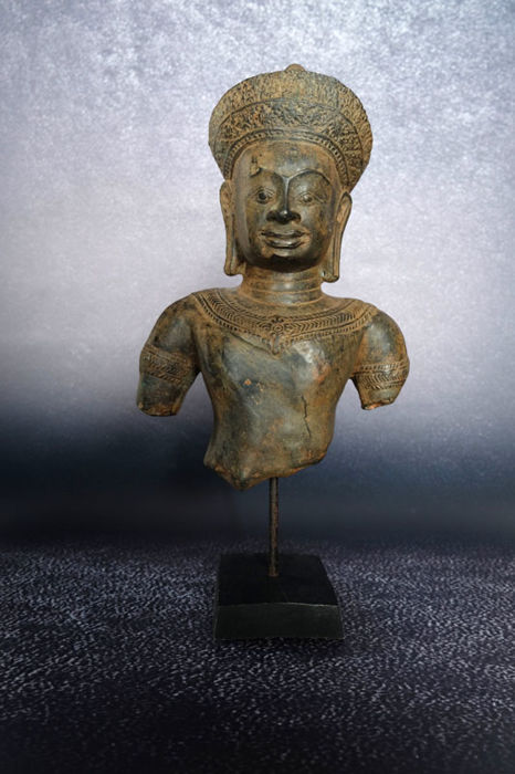 Bronze Khmer style (42 cm) - Cambodia - second half 20th century