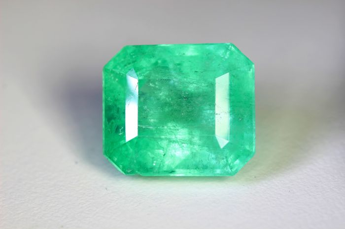 Emerald - 14.74 ct - Colombia