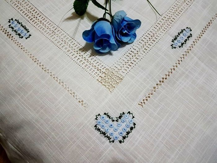 Lavish bedspread in delicate linen gauze with relief satin stitch embroidery - made entirely by hand