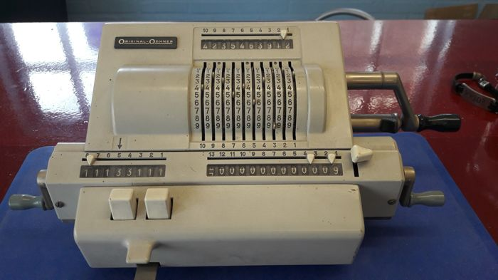Mechanical calculator - Original Odhner - Sweden
