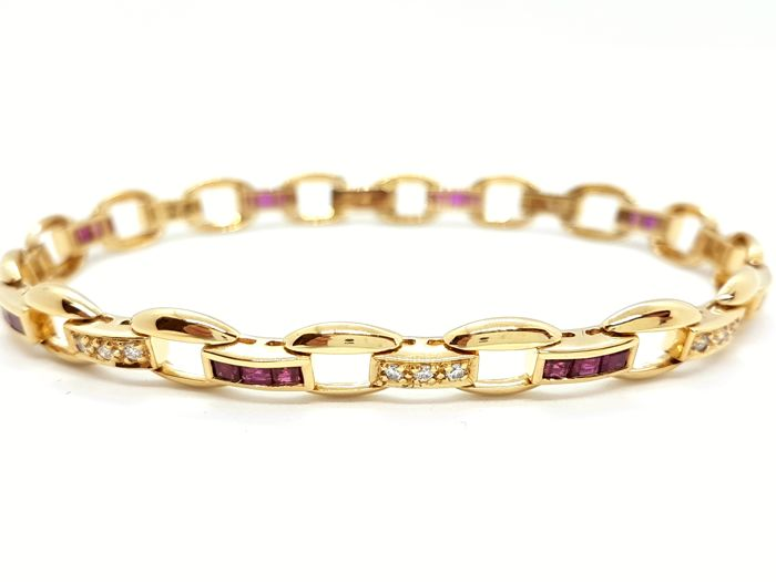 Bracelet - 18 kt Yellow Gold - 0.24 ct Diamonds - 1.20 ct Rubies - Size: 19.5 cm
