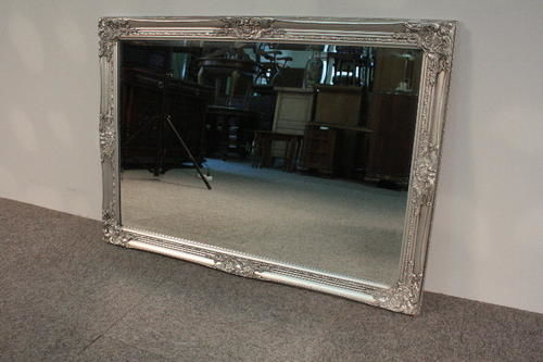 Large crystal mirror in a hand-made frame, covered with silver leaf flakes - 102 x 72 cm