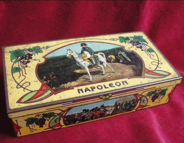 Collector tin 'Napoleon'
