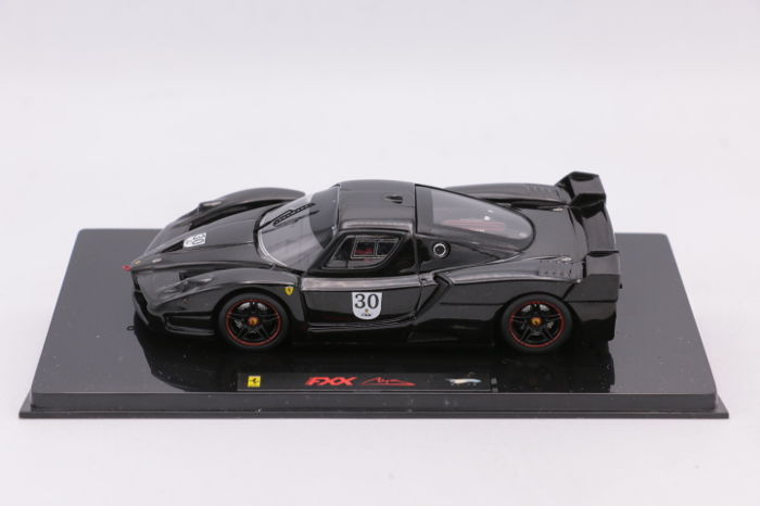 Hot Wheels - 1:43 - Elite - Ferrari FXX