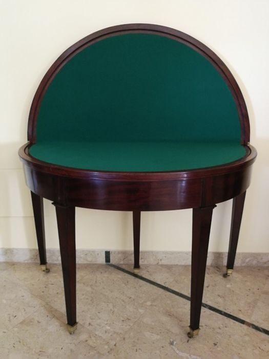 Mahogany table that can be used in three ways: console table, game table, dining table - France - circa 1830