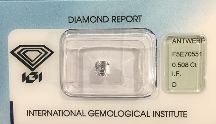 Diamond, square emerald cut, 0.508 ct, IGI certificate