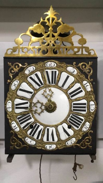 Wall clock with 2 weights and a pendulum - mechanical eight-day movement - striking mechanism which strikes every half and full hour