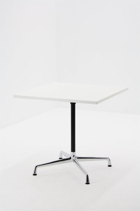 Charles & Ray Eames by Vitra Contract - Side table with white top and chrome frame