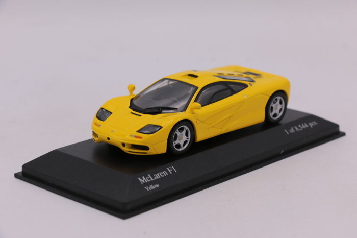 MiniChamps - 1:43 - Mclaren F1 - Color: Yellow