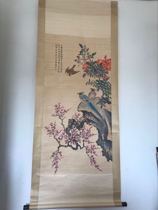 Hand painted scroll birds - China - late 20th century