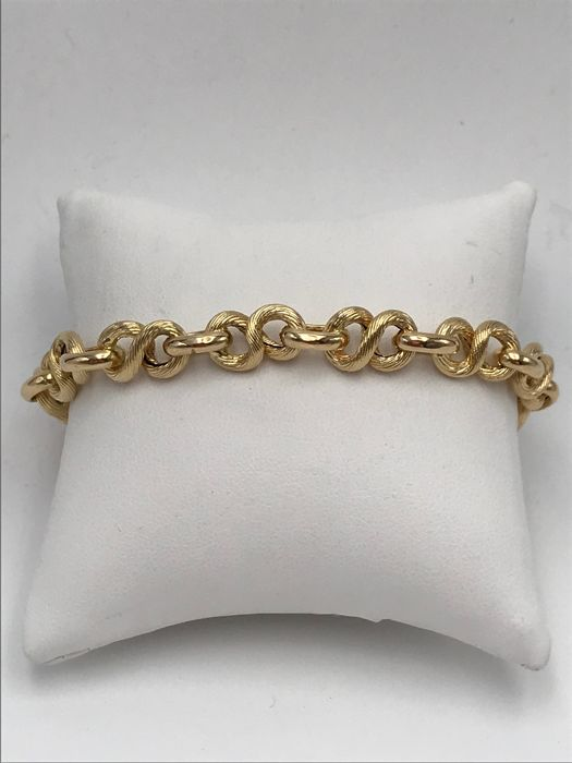 Bracelet in 18 kt yellow gold, length: 22 cm