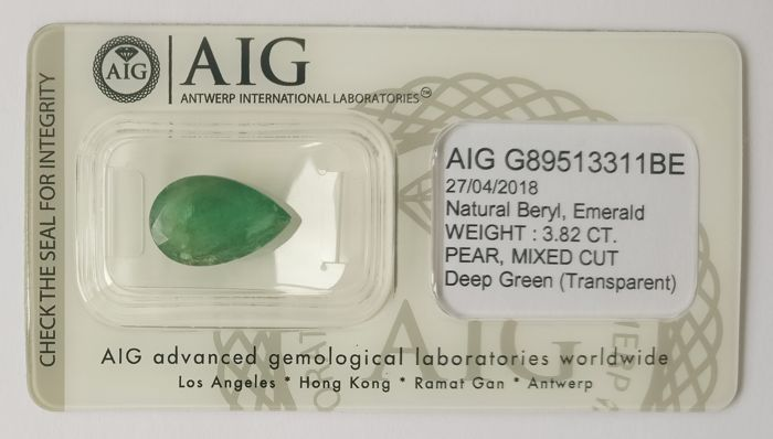 Emerald Deep Green 3.82 ct