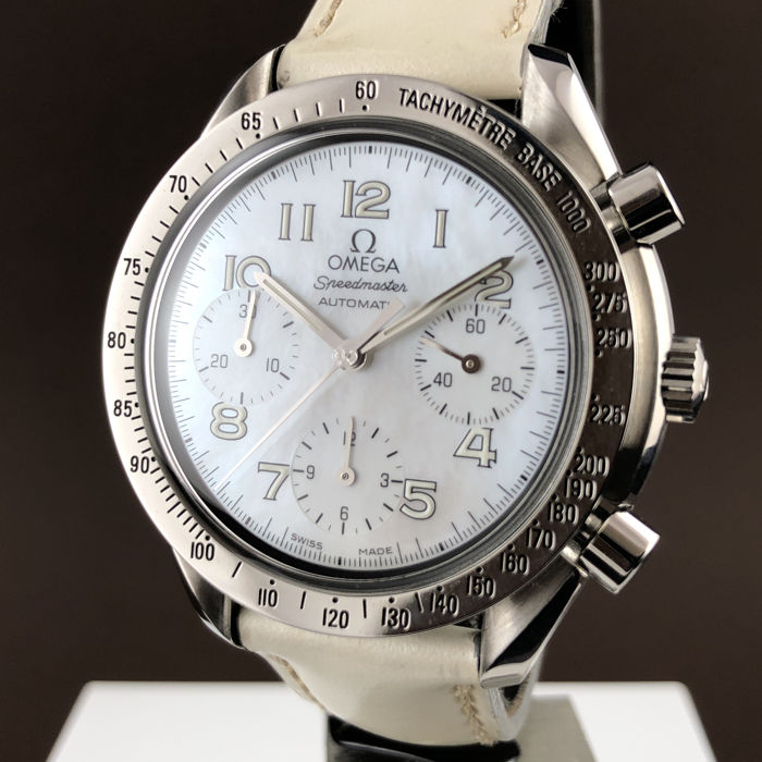Omega - Speedmaster Tachymeter Chronograph Mother-of-pearl - Ref.1750041 - Dames - 2000-2010