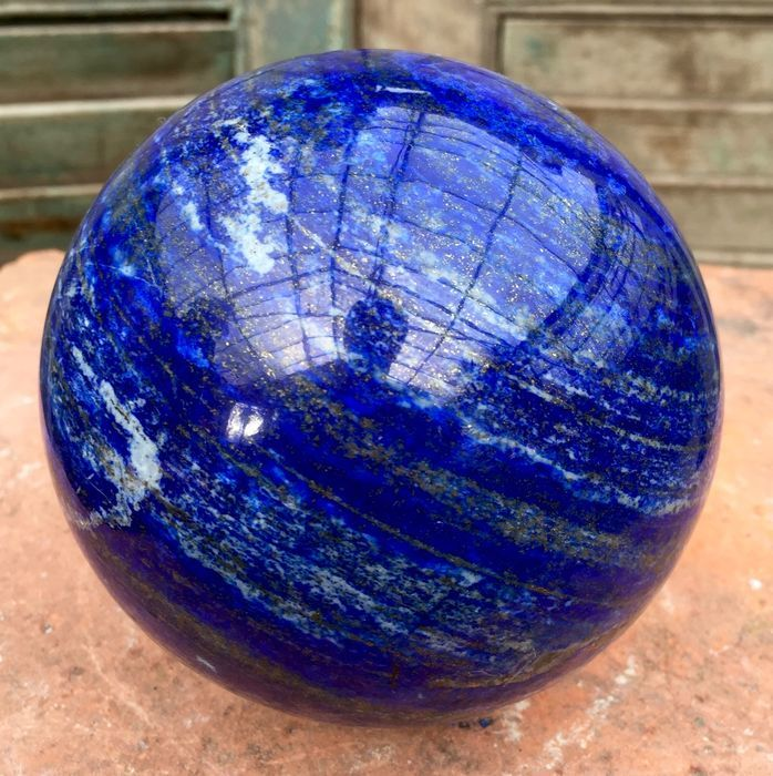 large royal blue lapis lazuli healing ball with golden pyrite 370 x 370 mm 2694 gm catawiki. Black Bedroom Furniture Sets. Home Design Ideas