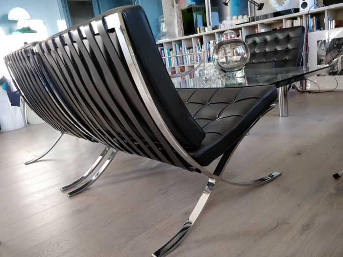 Pleasant Mies Van Der Rohe For Knoll 2 Barcelona Chairs Catawiki Ibusinesslaw Wood Chair Design Ideas Ibusinesslaworg