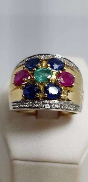 Cocktail ring with sapphires, rubies, emeralds and diamonds