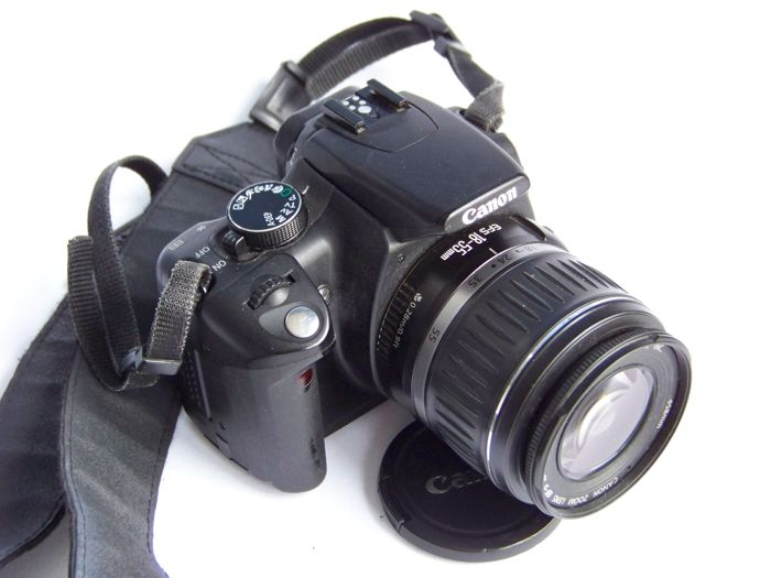 Canon Eos 350D with lens Canon 18-55 II EF-S