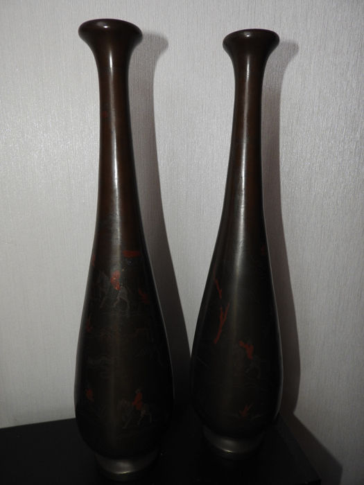 Pair of Bronze Vases - China - Early 1900