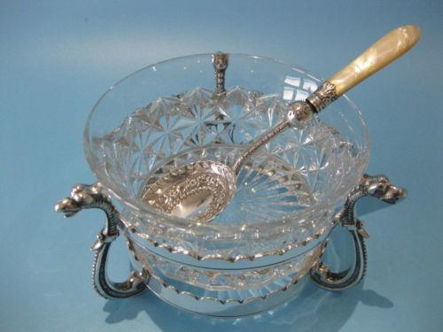 Caviar Roll Container with insert in decorated glass, with legs, silver plated, made in England, including teaspoon with mother-of-pearl handle