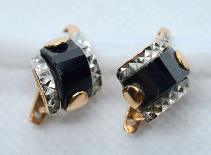14K / 585 Women Gold Earrings with Black Onyx - total weight 5.12 gr - size 14 x 12 mm