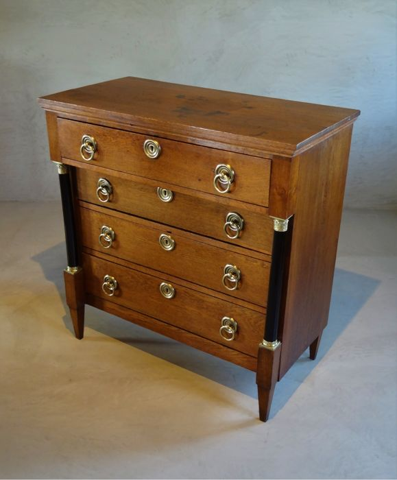 Empire oak chest of drawers - The Netherlands - ca. 1800/1810