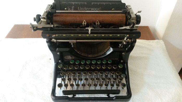 Typemachine Underwood 11  ca. 1935