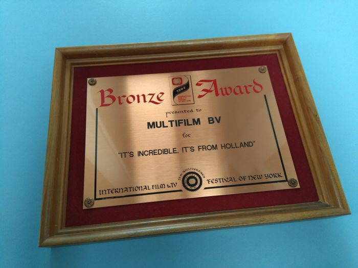 "Official Bronze Award, International Film & TV Festival of New York 1982 - Multifilm, ""It's incredible, It's from Holland"""