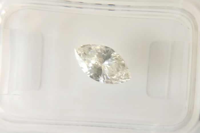 0.70 ct Marquise cut diamond H VS1