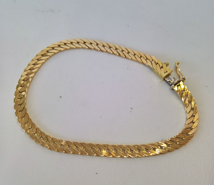 Bracelet in 18 kt  ( 750 ) Gold –Weight 12.50 g – double clasp