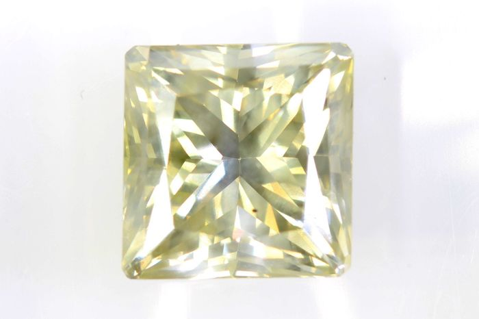 AIG Sealed Diamant - 2.40 ct - Fancy Light Yellowish Brown - SI2