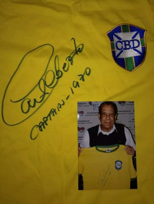 1970 Brazil World cup Captain Carlos Alberta hand signed Brazil shirt with photo from signing session