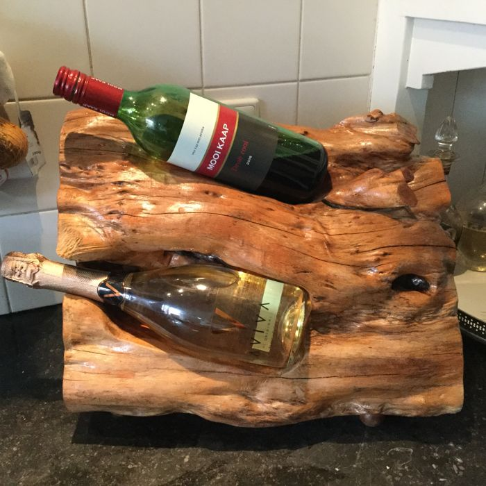 Curious stump wood, wine rack / bottle holder