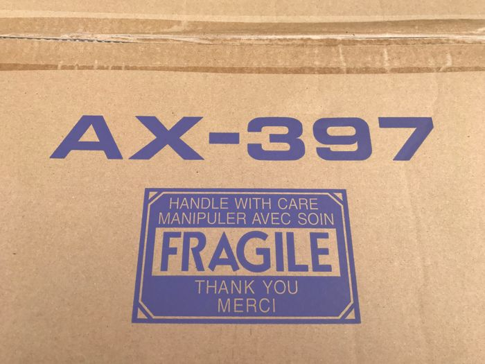 Yamaha AX-397 High End Amplifier new in box unused!
