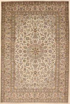 Hand-knotted Persian rug - Kashan, 202 x 302 cm - Iran - ca. 1980