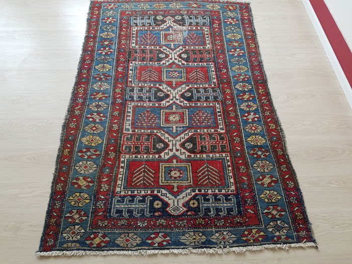Old Persian carpet, 186 cm x 125 cm