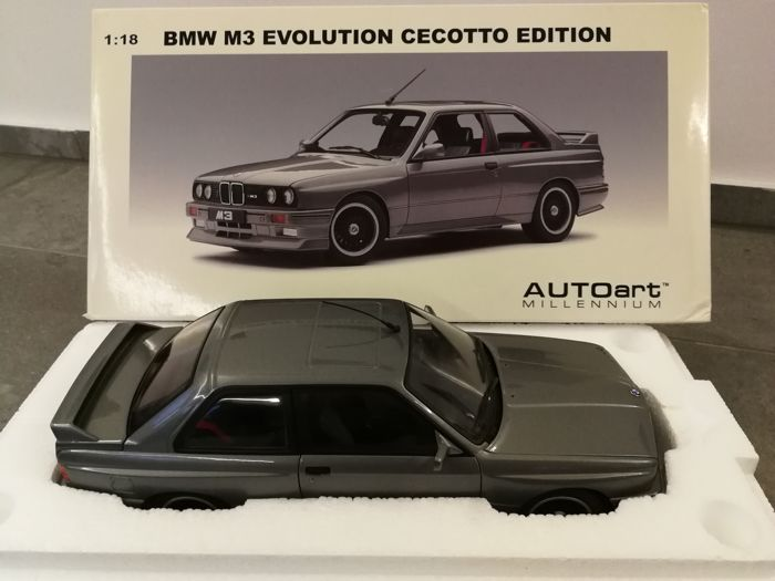 Autoart - 1:18 - BMW - M3 Evolution Cecotto Edition 1989 Nogarosilver