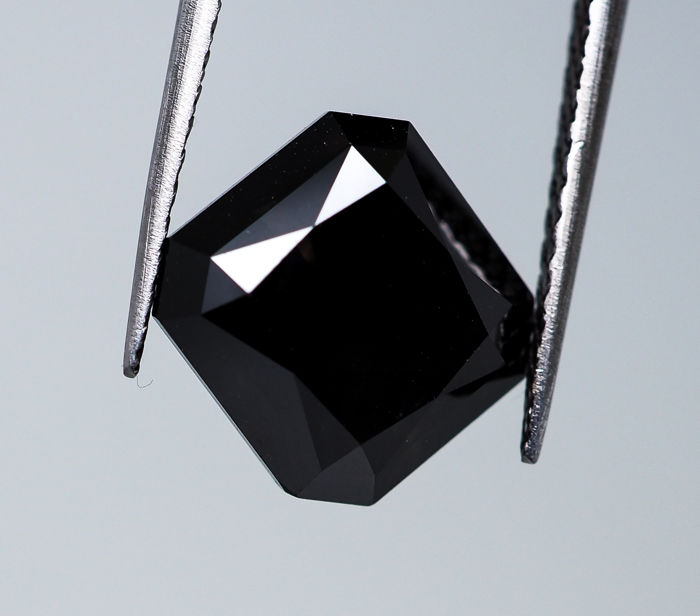 6.50 ct - 'Very large' Natural Fancy Black Diamond