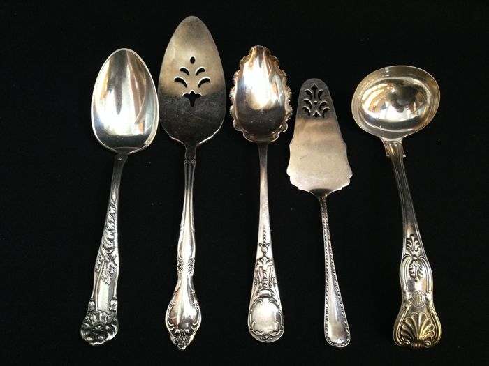 5 Silver Plated Serving Cutlery Utensils: 2 For cake/pie 2 Serving spoons 1 Soup spoon