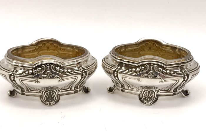 French antique silver Louis XVI style Salt cellars with glass inserts and gilded interior - Olier & Caron 1910-1936, 39 Rue de Turbigo Paris.