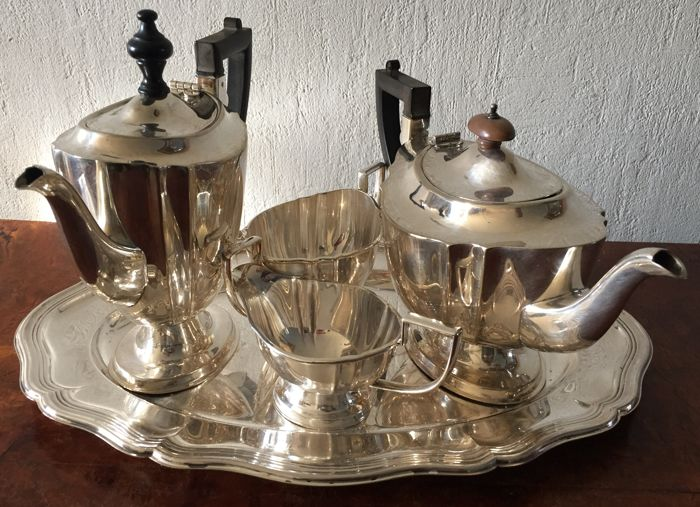 Silver plate coffee and tea set, Chippendale,