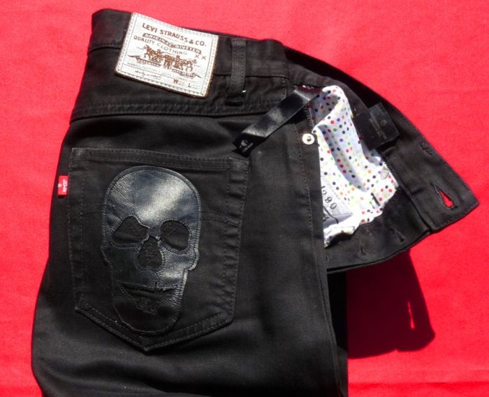 Damien Hirst X Warhol Factory X Levi's  - Skull Leather Collector