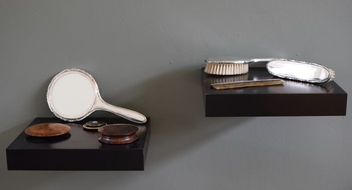 Three antique powder compacts and silver Gero 4-piece dressing table set