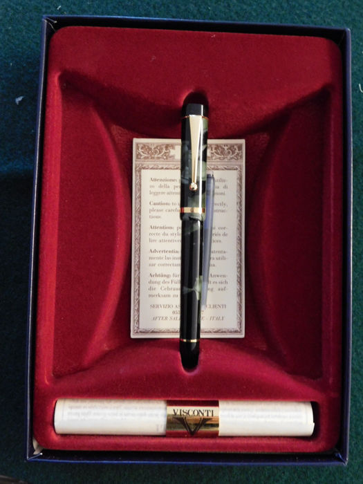 Visconti fountain pen from the early 1980s in original box