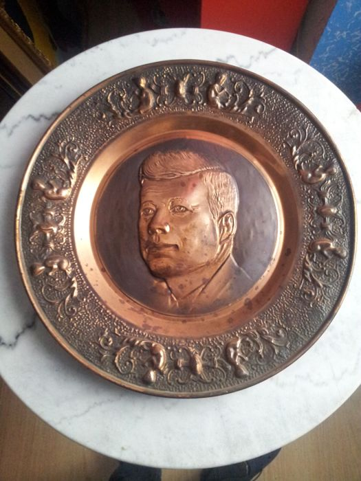 Bas-relief plate made of copper with image of John Fitzgerald Kennedy