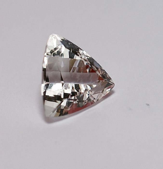 Danburit - 11,09 ct