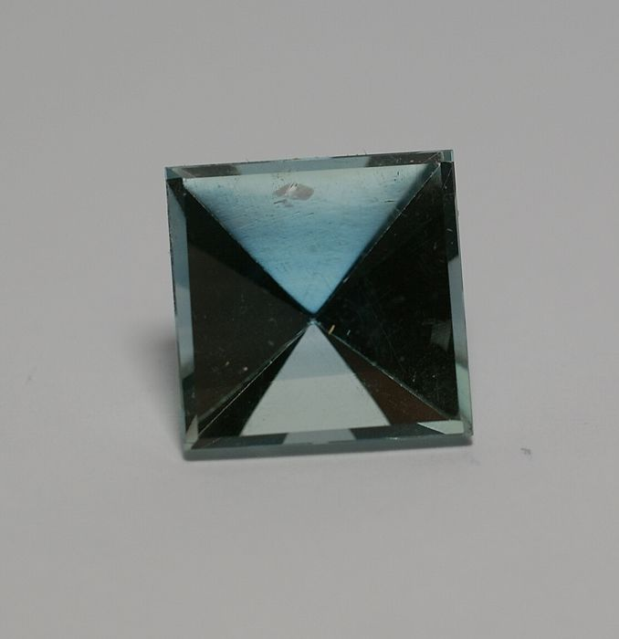 Topas, blue - 32.49 ct   No reserve
