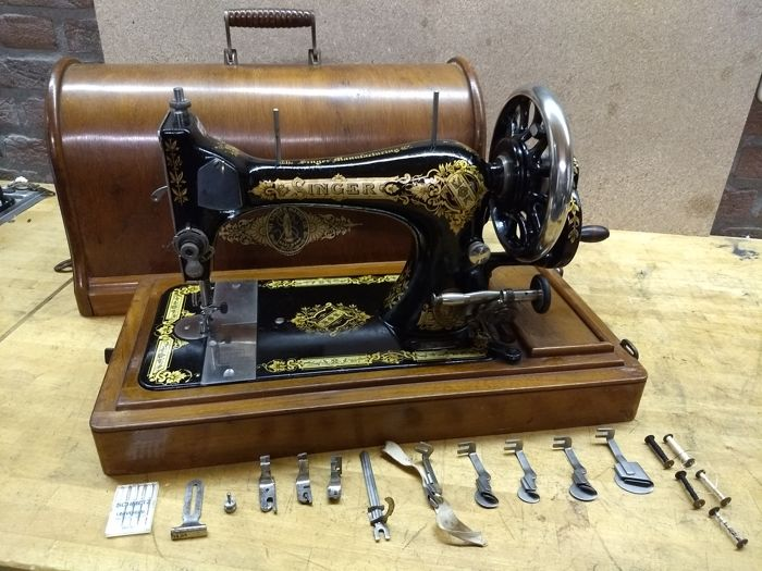 A Singer 40 Handcrank Sewing Machine 40 Catawiki Impressive Singer Hand Crank Sewing Machine