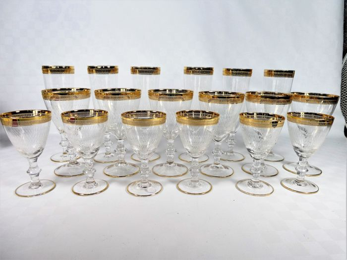 Italy - 18 (3 x 6) crystal fine-cut gold-decorated glasses