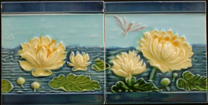 Art Deco Tegels : Gilliot & cie 2 art nouveau tegels met waterlelies catawiki